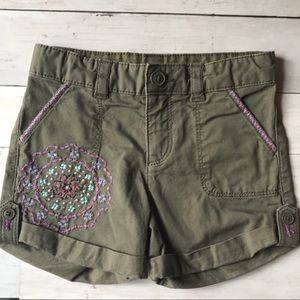 Gap Army Green Girl's Embroidered Shorts, size 5